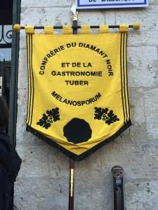 edm46-marche-truffes-lalbenque0004